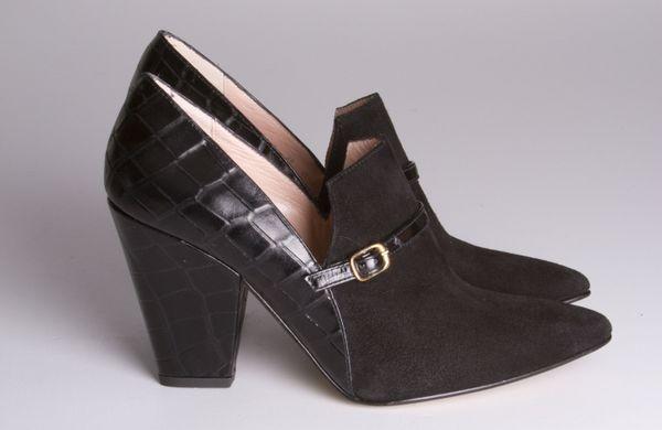 Zapato abotinado TO BE negro Duque