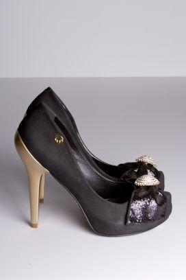 Zapatos negros Preta Carmen Steffens